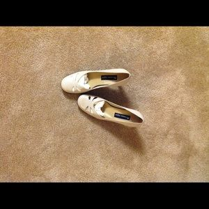 NEW beige heels 8 medium